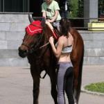Есть возможность покататься на лошадях